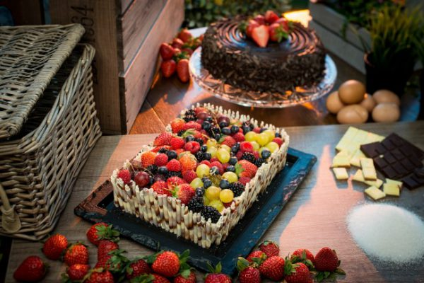 Mixed Fruit Rectangular Gateau